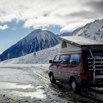 Discover the nature of Andorra with a campervan